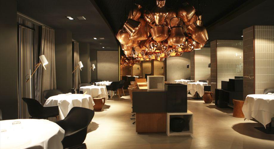 Lightecture hdas stue el hotel de patricia urquiola en for Eiffel restaurant berlin
