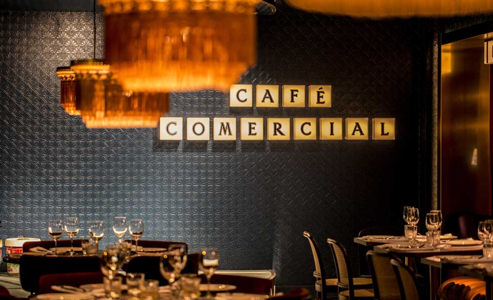 Cafe Comercial Insight iluminacion