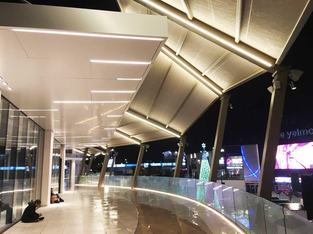 iluminacion centro comercial TresAguas