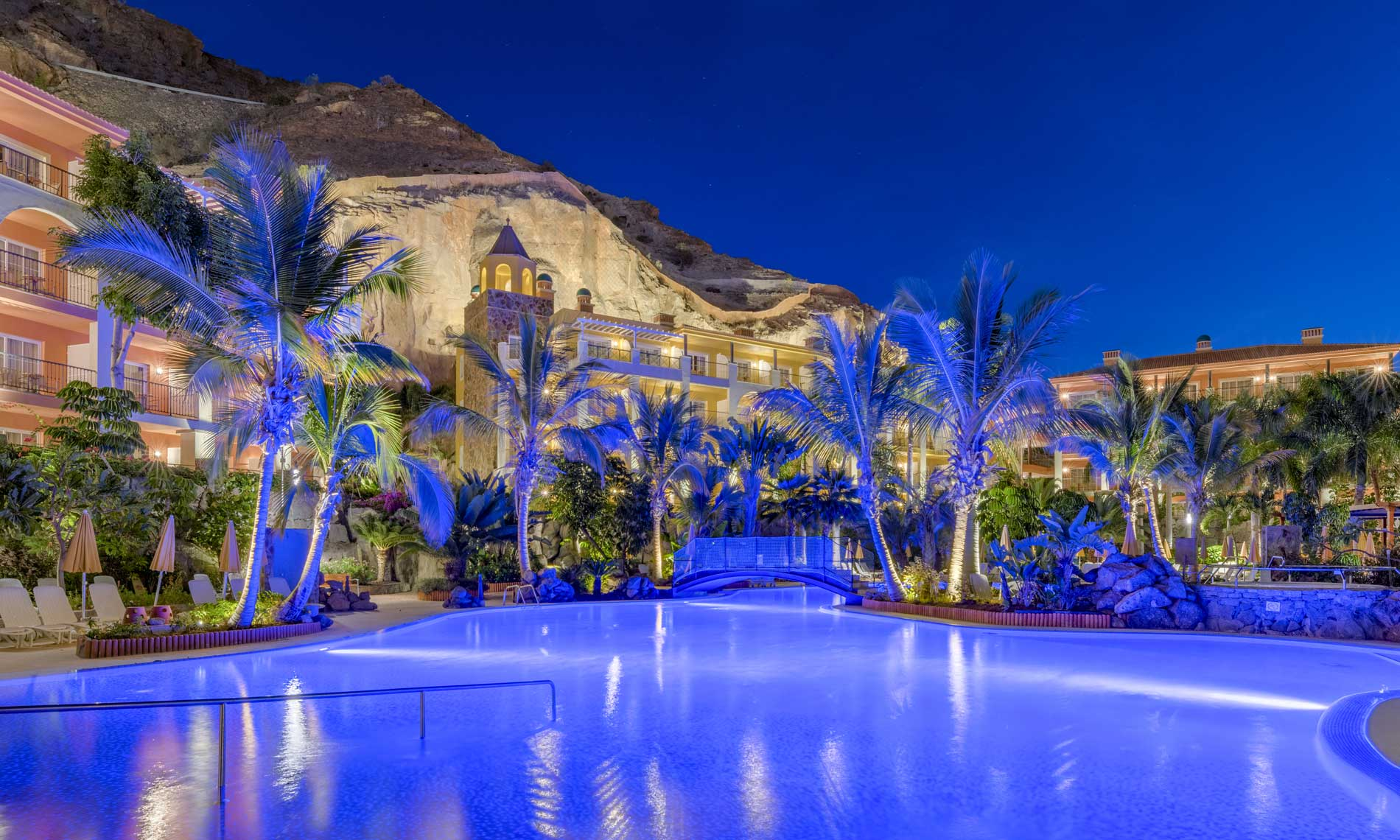 Hotel Cordial Mogan Playa iluminacion Delta Light